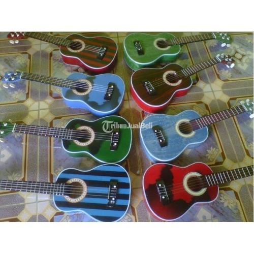 Gitar Ukulele atau Akustik dengan 4 Senar Murah Banget - Solo