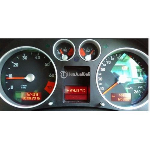 Mobil Audi TT Coupe Tahun 2000 Silver Second Harga Murah ...