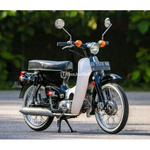 Honda C70 Warna Hitam Surat Komplit Barang Bagus Mulus Mantap - Solo