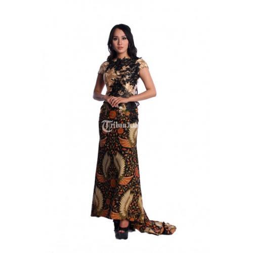 RR1867 Longdress Batik Pesta Modern Kombinasi Brokat Sayap Garuda Hijau - Solo