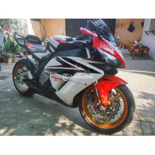 Motor Sport Bekas Honda Cbr 1000 Rr 2007 Hrc Version Ban Tebal Free Helm Keren Di Jakarta Tribunjualbeli Com