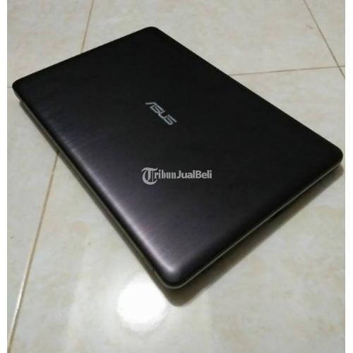 Laptop ASUS X540S Bekas Ram 2GB Normal No Minus Sudah Windows 10 Harga Nego - Boyolali