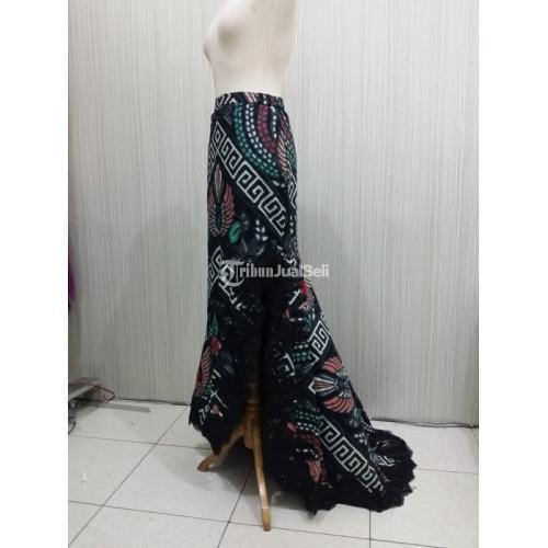 Rok Ekor Iwan Tirta Garuda Kombinasi Brokat Hitam Bawahan Batik Modern Murah - Surakarta