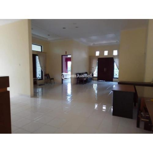 Rumah Mewah 2 Lantai 5KT 5KM Strategis Lengkap Lingkungan Aman Nyaman - Semarang