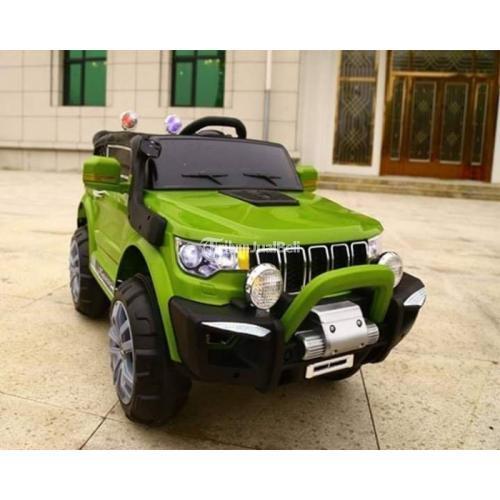 Mobil Aki Mainan Anak Jeep Compass With 6 Motors 2.4G Remote Control Car - Bali