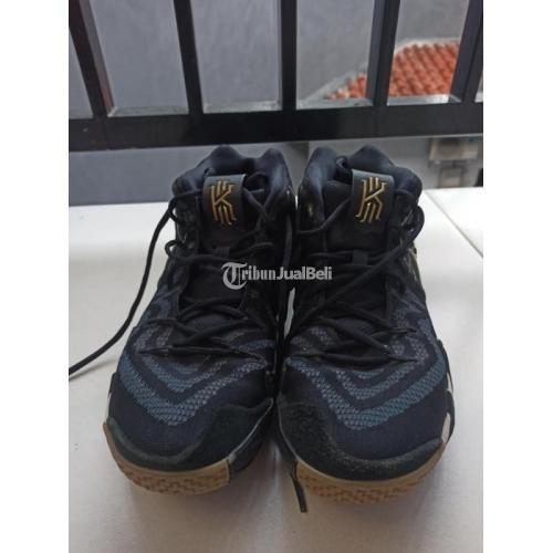 Sepatu Nike Kyrie 4 Pitch Blue Size 44 Bekas Bagus Mulus Harga Murah - Bekasi