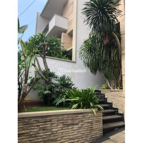 Dijual Rumah 3 Lantai di Rawa Simprug 1 Kebayoran Lama - Jakarta Selatan