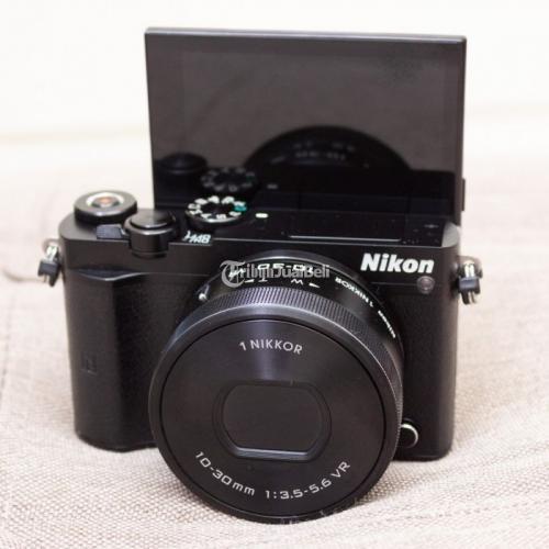 Kamera Mirrorless Bekas Nikon 1 J5 Kit 10-30mm VR Wifi Like New Harga Murah - Surabaya