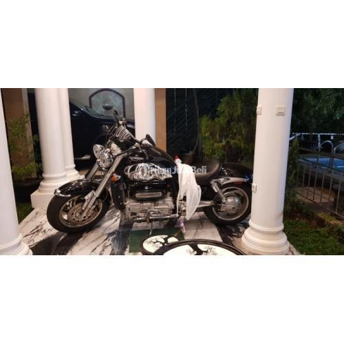 Moge Triumph Rocket Bekas 2300cc 3 Cilinder - Bogor