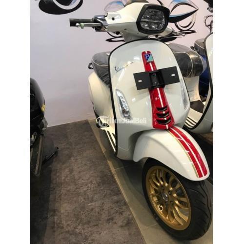Motor Piaggio Vespa Sprint Racing Sixties Limited Edition White Innocenza 2012 - Surabaya