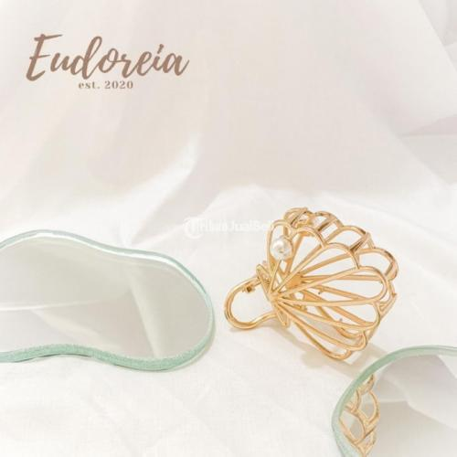 Hair Clip Jepit Rambut Eudoreia Nova Seashell Shape Clip Hairclip - Jakarta