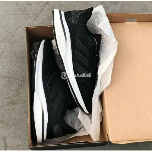 Sepatu Sneakers Adidas Supernova Boost Black Size 42 Original BNIB - Solo