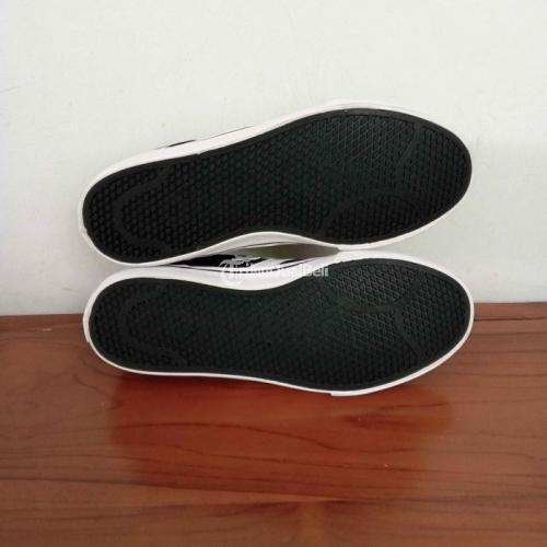 Sepatu Converse El-distrito 2.0 OX Harga Rp 380K Kondisi Baru Lengkap - Semarang