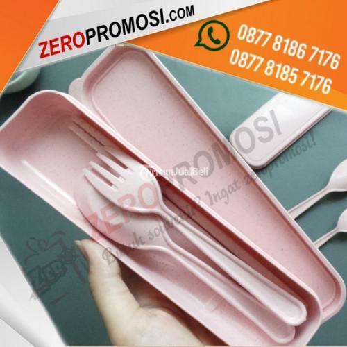 Souvenir Set Alat Makan Portable Plastik Custom Logo Murah - Tangerang