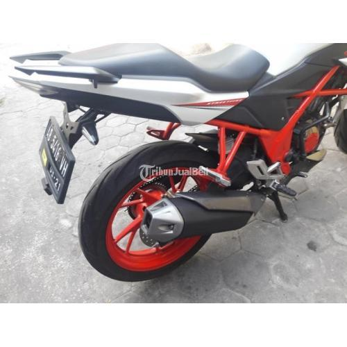 Motor Bekas Honda CB150R 2016 Mesin Bagus Pajak Panjang Harga Murah - Jogja