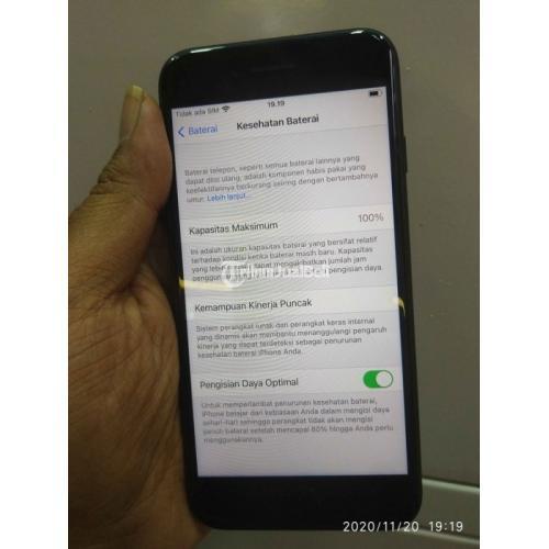 HP Bekas iPhone SE 2020 64GB Garansi iBox Mulus No Kendala Fullset - Solo