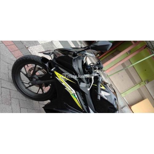 Motor Bekas Honda CBR 150R 2016 Pajak Panjang Surat Lengkap Harga Nego - Surabaya