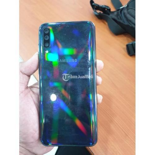 HP Samsung A70 Bekas Harga Rp 2,95 Juta Ram 6GB 128GB Murah Lengkap - Jakarta