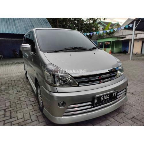 Mobil Bekas Nissan Serena Autech hws (tipe tertinggi) 2010 Mulus Terawat Harga Murah - Semarang