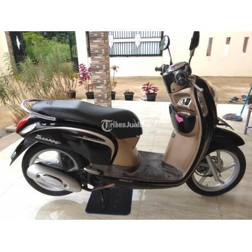 Motor Honda Scoopy 2013 Bekas Surat Lengkap Orisinil Rawatan Tinggal Gas - Bekasi
