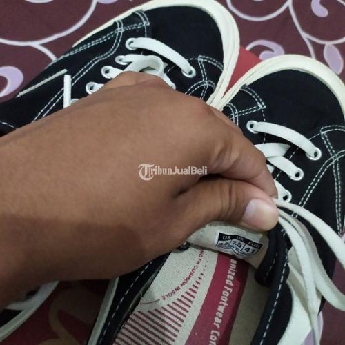 Sepatu Compass Gazelle Low Black White UK 41 Like New Bagus - Solo
