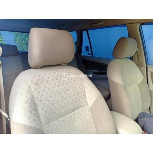 Mobil Bekas Toyota Innova G Manual 2015 Sehat Surat Lengkap - Makassar