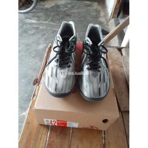 Sepatu Futsal Specs Accelerator Lightspeed 11 pro In Bekas Bagus Like New Size 42 - Solo