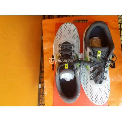 Sepatu New Balance Drift Run Size 42 1/2 Bekas Tapi Baru Ori 100% Bagus - Depok
