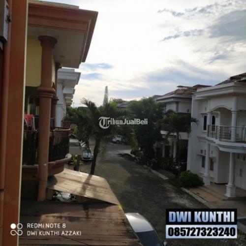 Dijual Rumah Mewah Harga Murah di Semarang Atas 5 Kamar Mushola Carport SHM - Semarang