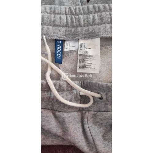 Jogger H&M side stripes LA size L likenew Warna Grey Harga Nego No Minus - Surabaya