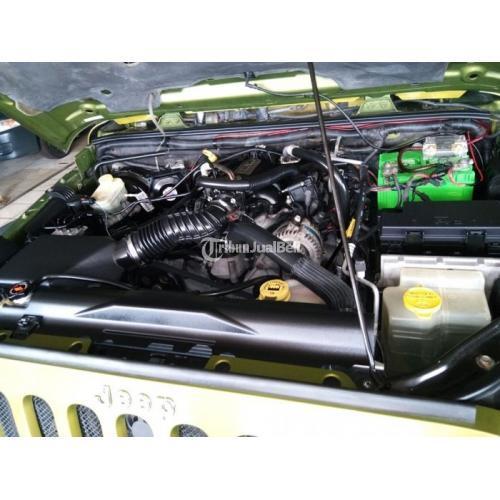 Mobil Jeep Rubicon Unlimited Bekas Tahun 2008 4WD Murah Normal Terawat - Jakarta