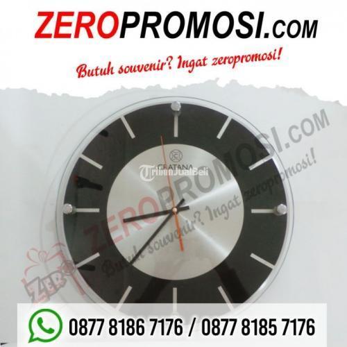 Souvenir Jam Dinding Promosi Eksklusif Type 3030 AL - Tangerang