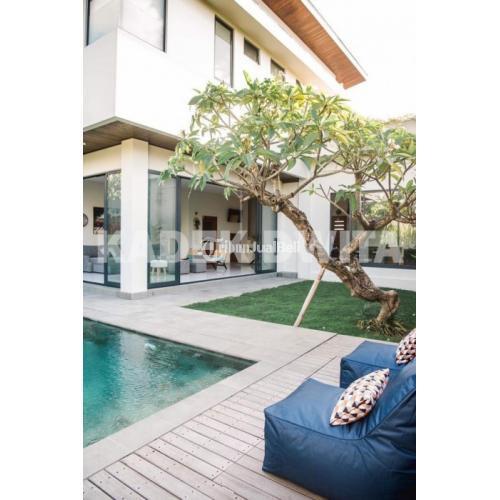 Jual Villa Mewah Full Furnished di Jimbaran Strategis Harga Terjangkau - Bali
