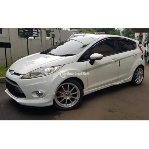 Mobil Bekas Ford Fiesta MT 2011 Pajak Baru Orian Harga Murah - Bekasi