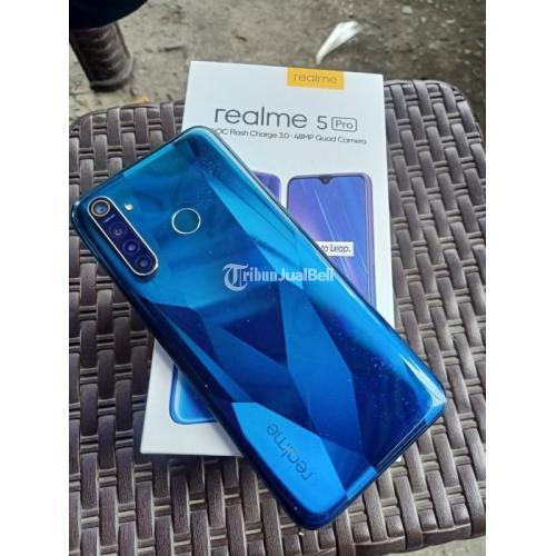 Hp Realme 5 Pro Bekas Harga Rp 2 85 Juta Ram 8gb 128gb Murah Lengkap Nego Di Makassar Tribunjualbeli Com