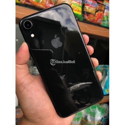 HP iPhone XR 128GB Black Resmi Apple Fullset Bekas Normal Harga Nego - Denpasar