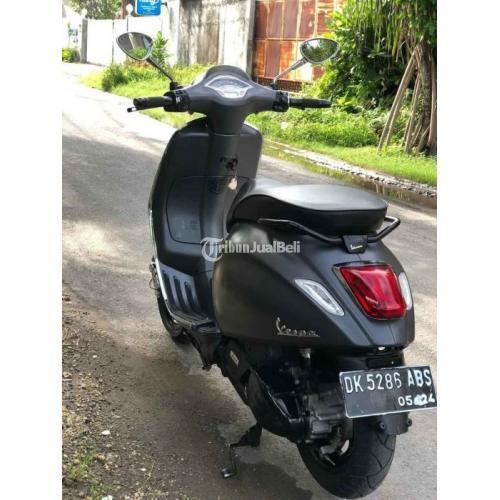 Motor Sekuter Vespa Sprint Abu 2019 Bekas Terawat Mulus Harga Murah - Denpasar