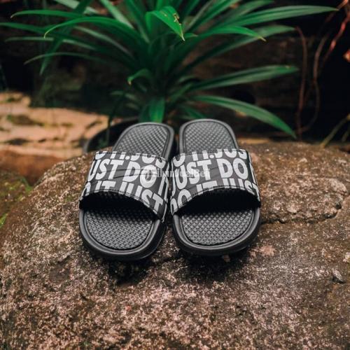 Sendal Nike Benassi Logo Slide JDI Foint Size 40-44 Include Box - Solo
