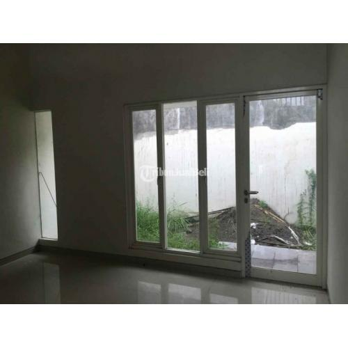 Dijual Rumah Daerah Asemrowo 2 Lantai 7KT 4KM Garasi Luas Harga Nego - Surabaya