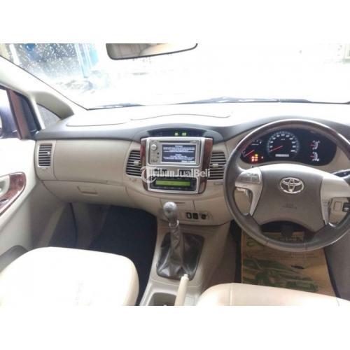 Mobil Toyota Innova 2.0 Tipe V 2011 Manual Grey KM 101rb SS Lengkap Hidup - Surabaya