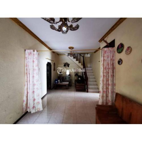 Dijual Rumah Beserta Isinya 3 Lantai 5 Kamar 2 Garasi Garden - Jakarta Timur