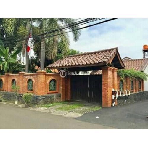 Dijual Rumah Classic Full Furnish Kayu Jati Luas 338 m² 6 Kamar - Jakarta Selatan