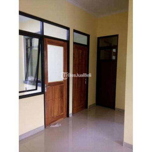 Rumah Baru Siap Huni Lantai Granit Carport Pintu Jati Asli Rangka Baja - Jakarta Timur