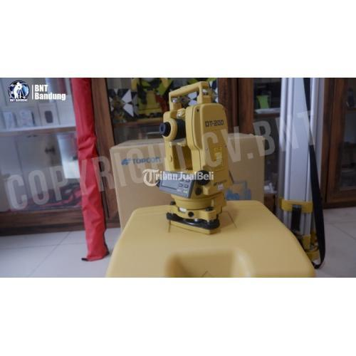 Digital Theodolite Topcon DT-205L x Demo Kondisi Bekas Mulus Normal - Bandung