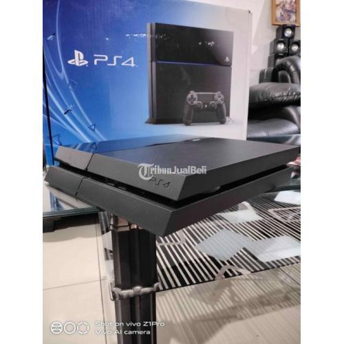 Konsol Game Sony PS4 Fat Original Seri 1006A 500GB Mulus Normal - Bandung