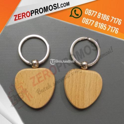 Souvenir Gantungan Kunci Kayu Kode GK-K05 Harga Murah - Tangerang