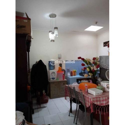 Dijual Rumah Ukuran 6x12 m 2 Kamar Bekas SHM Carport di Perum Gr0iya Bhayangkara - Surabaya