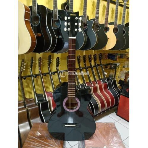 Gitar Yamaha untuk Pemula Kondisi Baru Mulus Pembayaran Bisa di Tempat - Demak