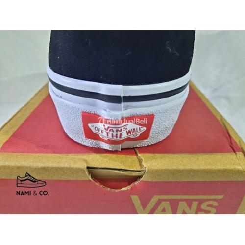 Vans Oldskool Black White (EVB) Kondisi Baru Size UER 39-44 - Depok