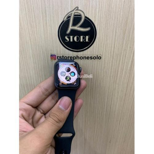 Smartwatch Apple Bekas iWatch Series 4 40mm iBox Fullset Ori Mulus - Solo